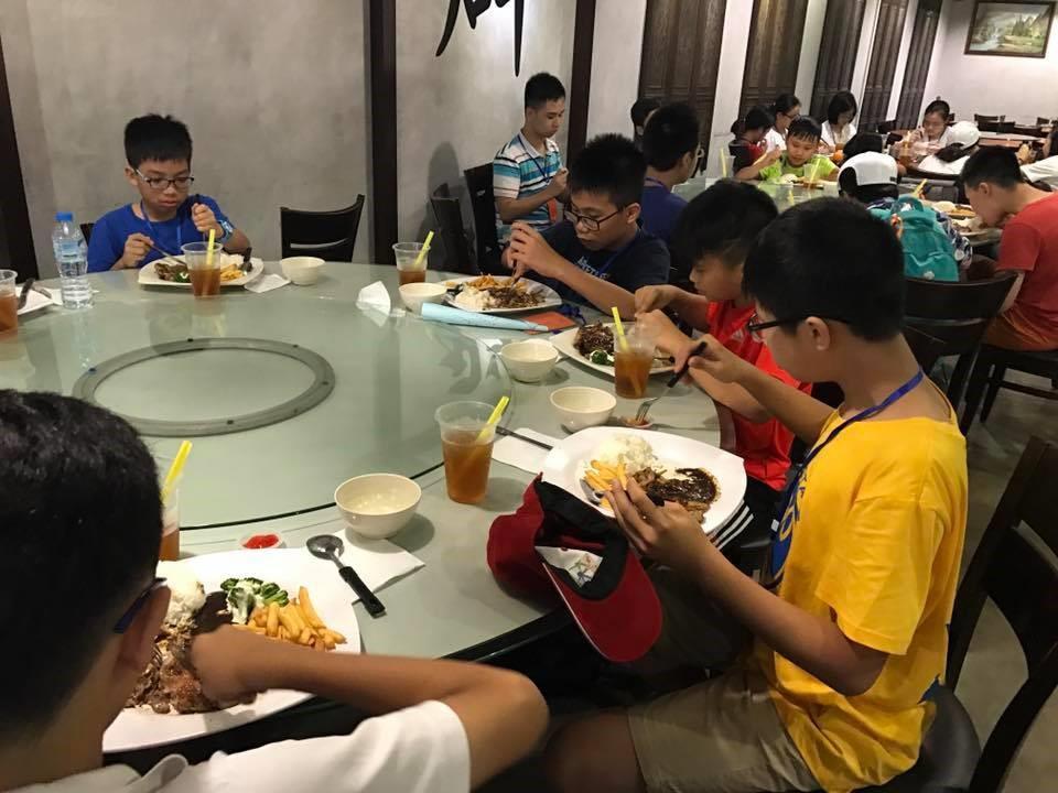 trại hè quốc tế singapore