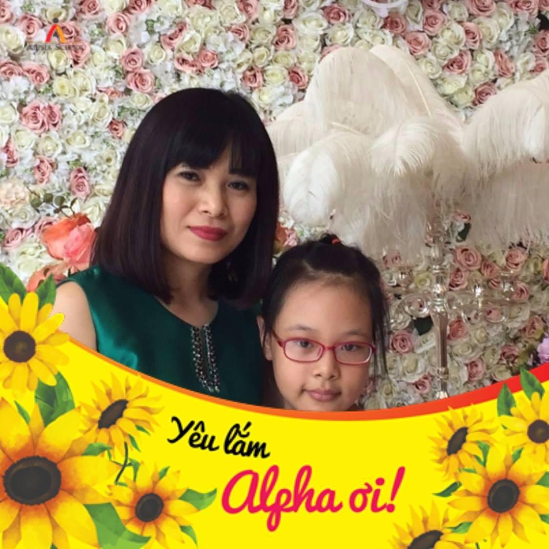 Chị Đặng Hồng Minh, mẹ Trương Liên Anh - 6A4